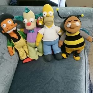 The Simpsons set of 4 plush characters.